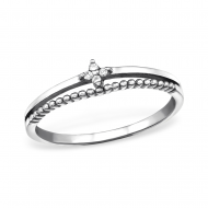 Silver sparkling ring with zirconia